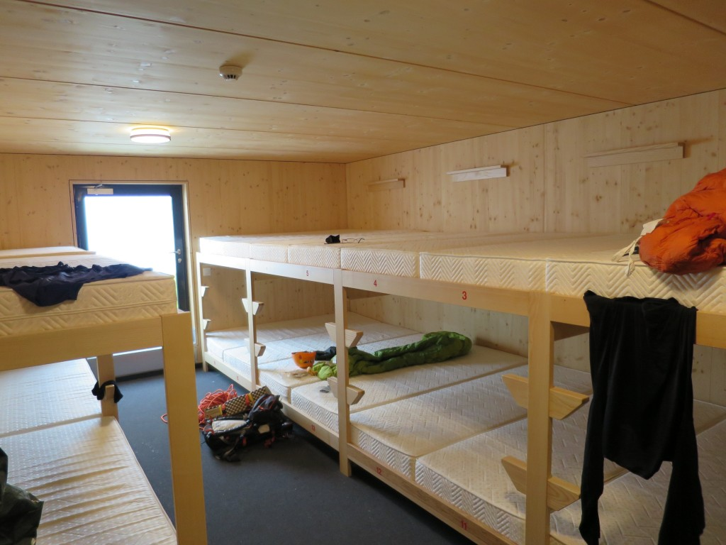 A brand new winter room of the Hörnli hut!