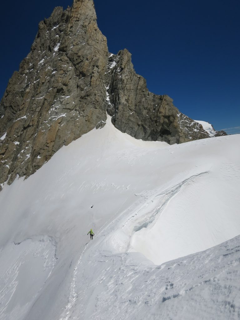 Tim heads towards Col des Jorasses.